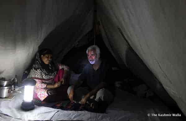 5 - Tents-night-ST