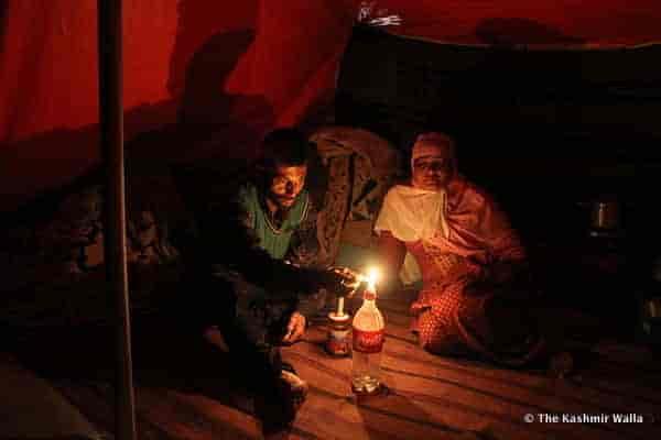 6 - Tents-night-ST