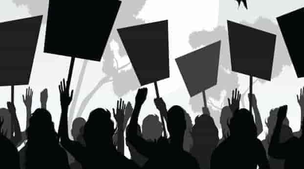 ku law students, kashmir university,protests in gdc bemina, kashmir, naveed jatt