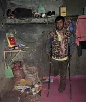 COVID lockdown, kashmir covid lockdown, migrant labourers kashmir